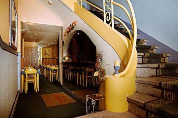 h tel la pergola h tels arcachon. Black Bedroom Furniture Sets. Home Design Ideas