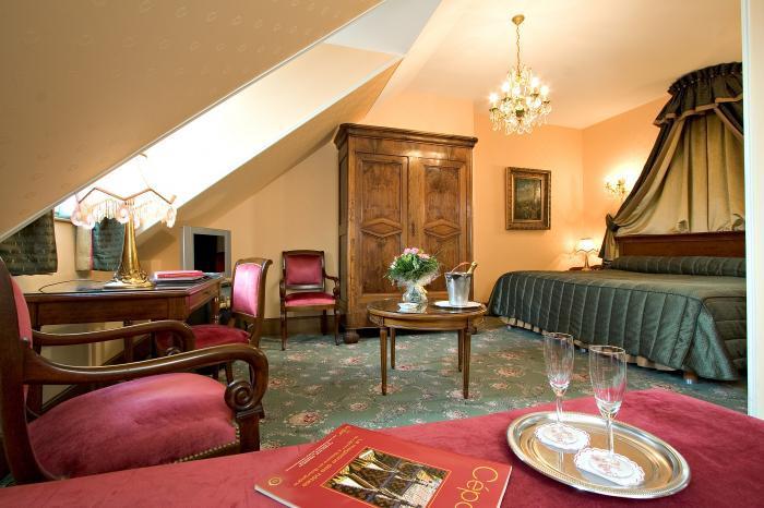 h tel le cep et spa marie de bourgogne h tels beaune. Black Bedroom Furniture Sets. Home Design Ideas