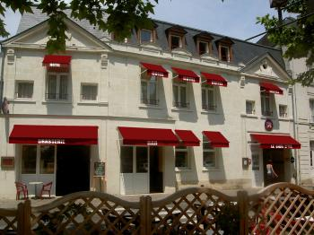 hotel-le-lion-d-or chinon