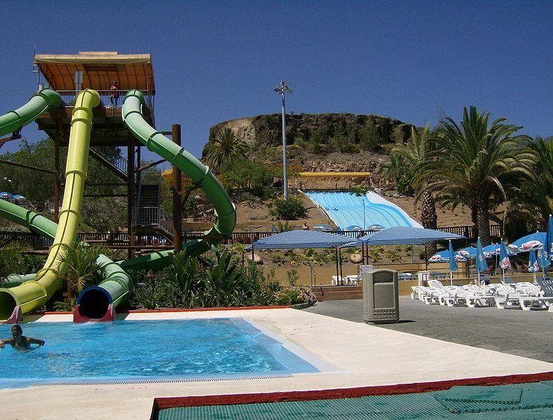 Aqualand parc gujan mestras for Piscine arcachon horaires