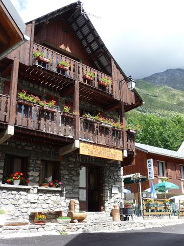 hotel-restaurant-la-table-du-chritolet saint-christophe-en-oisans