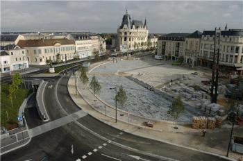 Circuit ville de chartres chartres for Piscine chartres