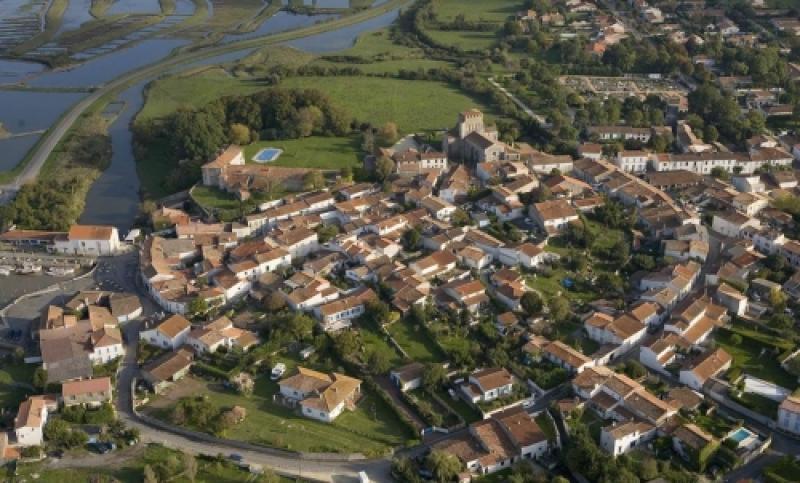 Mornac Sur Mornac-sur-seudre Est un