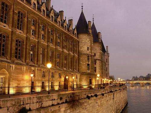 circuit circuit touristique d 39 une semaine pour visiter paris paris 4eme. Black Bedroom Furniture Sets. Home Design Ideas
